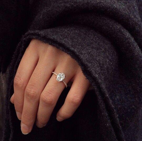 oval-wedding-rings-best-photos-1.jpg